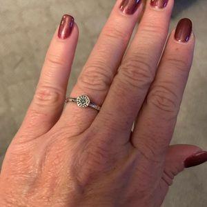 Belle Fleur circle ring